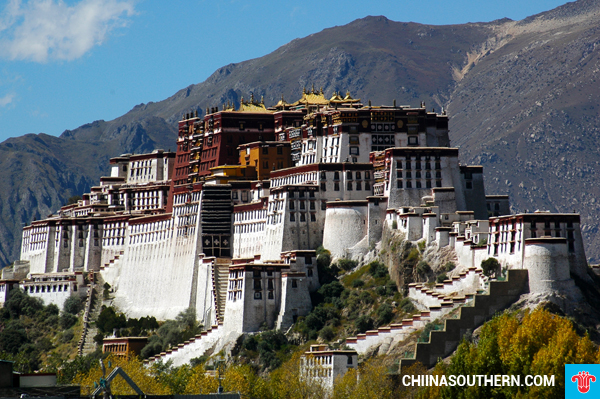 ve-may-bay-di-lhasa-5